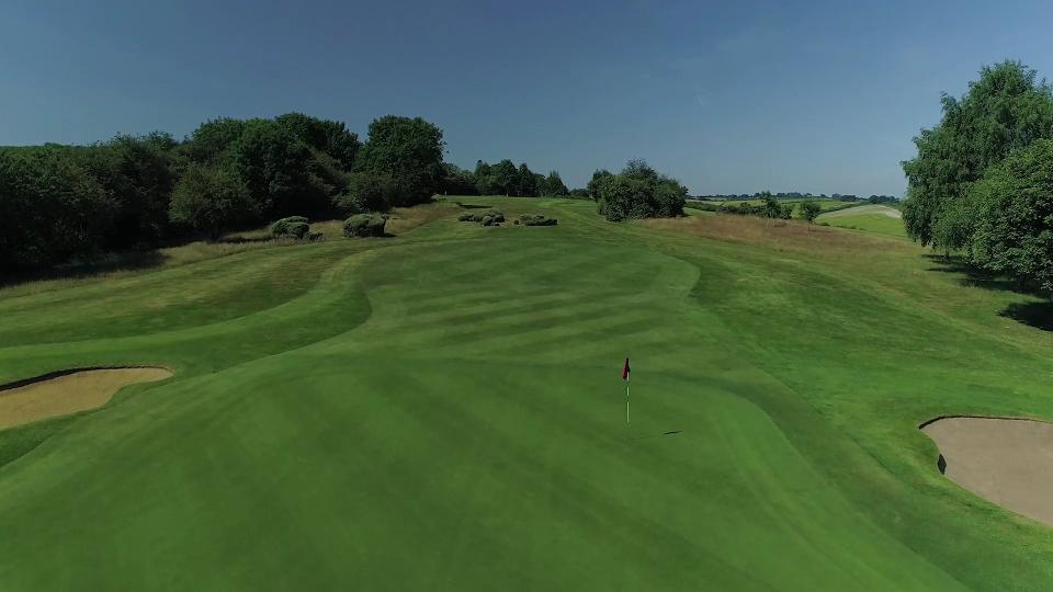 Course Tour Hole 16
